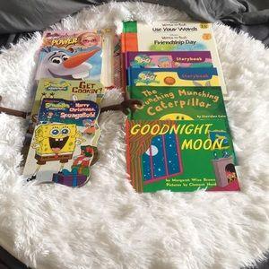 Lot of 10 children's books